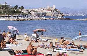 Antibescouk French travel tourist information and apartment villa