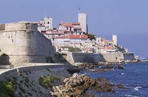 Le collier antibes france